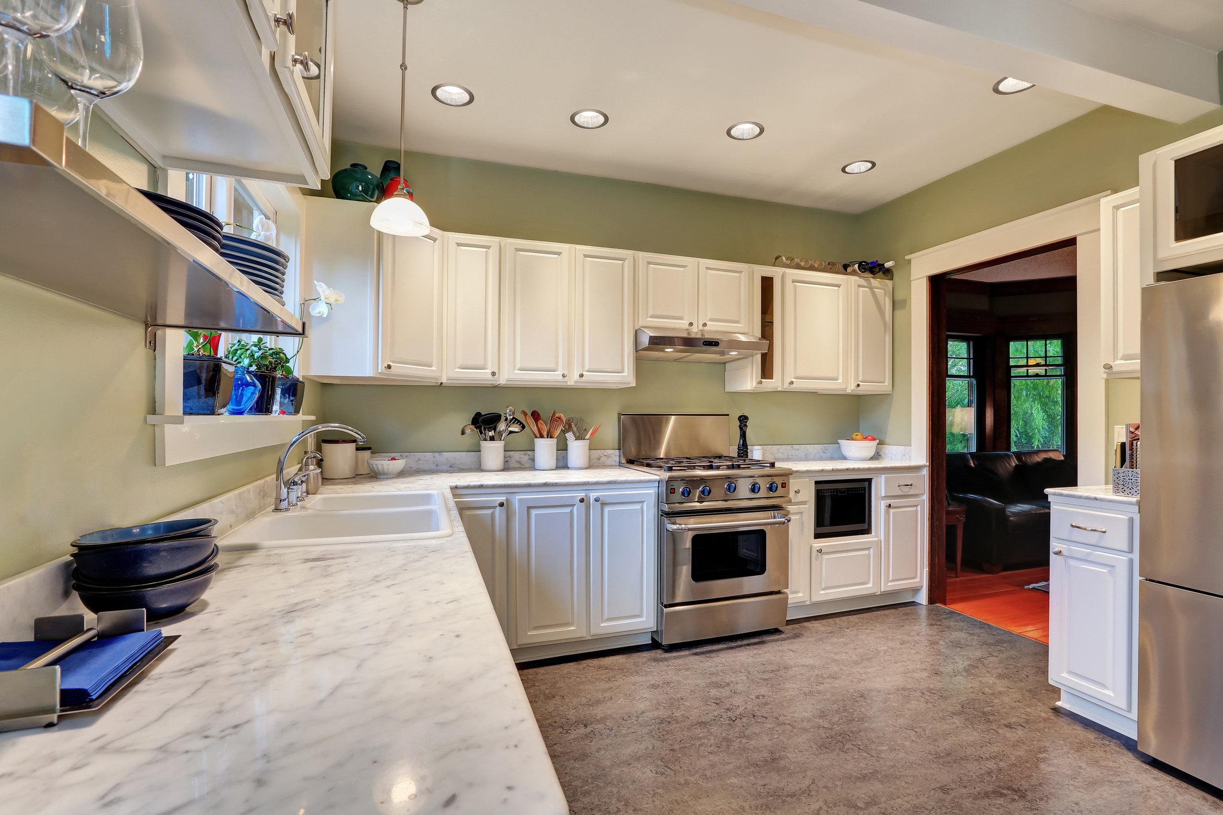 bigstock-Bright-Kitchen-Interior-With-W-143744543.jpg