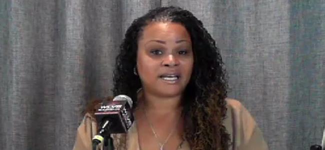 Wendy Hicks host of Indie Voice radio show