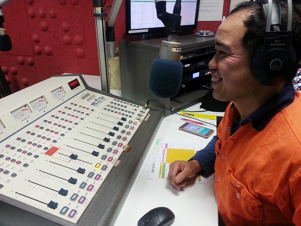 Carlos RadioPilipinoST - Copy.jpg