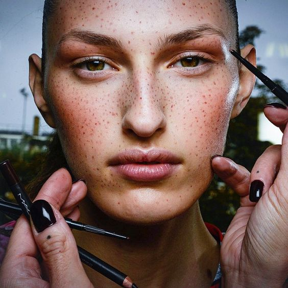 Val Garland creates this freckled look for Preen. Image via Pinterest.
