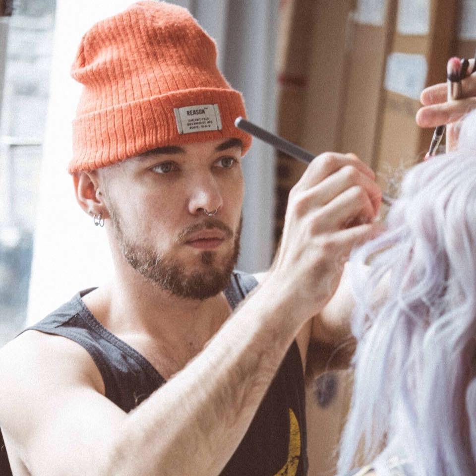 Benjamin Dniprowskij is an Australian makeup artist, currently based in Berlin. He says of his journey into makeup: