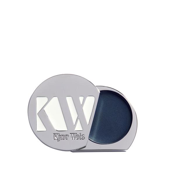 I know   Kjaer Weis   *  gets a lot of airplay on UNTAINTED. But if make great products that embody the ethos of UNTAINTED beauty, then so be it. Many of KW products include biodynamic ingredients in their skincare and makeup formulations.   *Contains an affiliate link