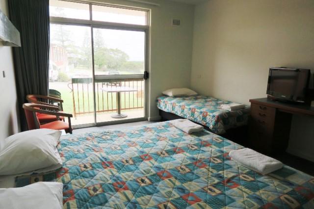 motel family tathra hotel IMG_9518 640.jpg
