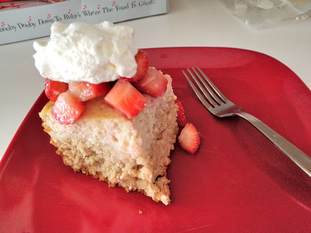 HOW TO COOK: STRAWBERRY CHEESECAKE BARS