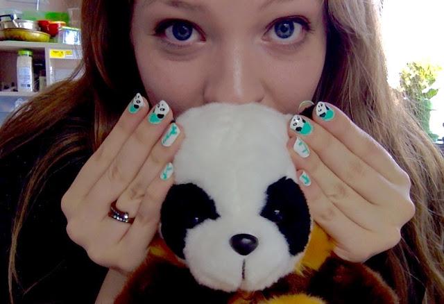 NAIL DAY: PANDA NAILS