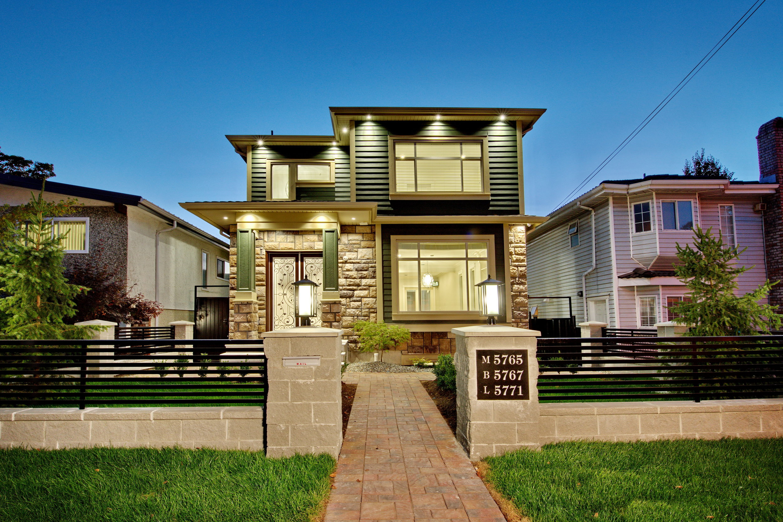 5765 Wales St. - 7 Bed/5 Bath Custom Home + LanewayVancouver, BC2,409 sq. ft.