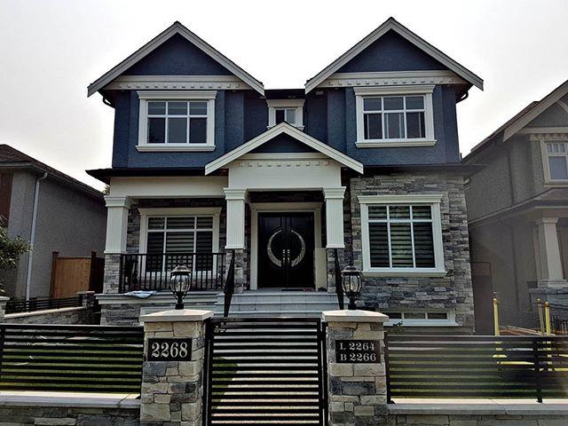 Victoria District - Vancouver  Completed in 2018 . . . . . #builders #builders #bc #vancouverbc #construction #newconstruction #realestate #vancouverhomes #bchomes #forsale #property #homesforsale #vancouverrealestate #vancouverinvestment #cbest #cbesthomes #builttosuite #customhome #bccustomhomes #vancouvercustomhomes