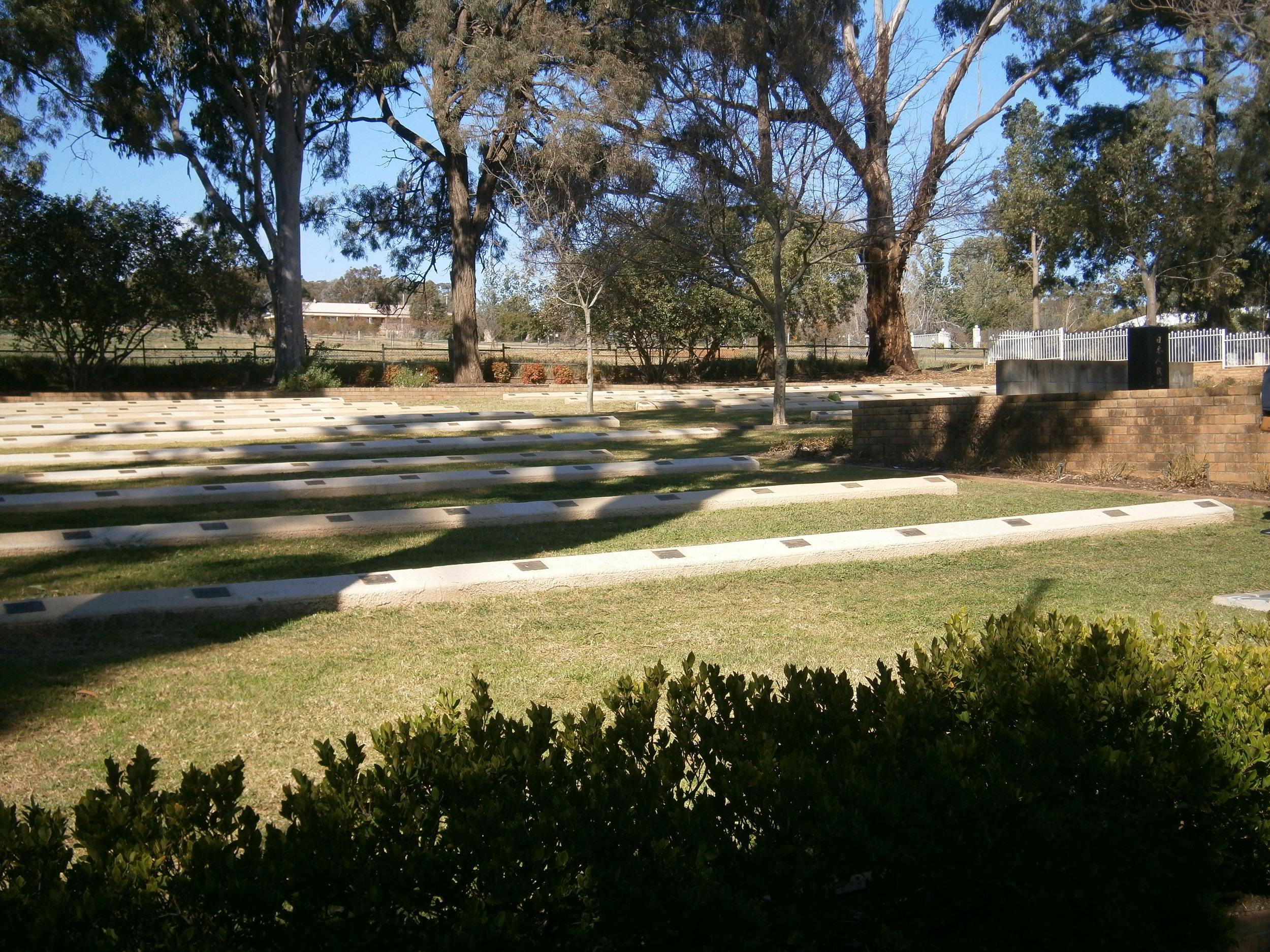 Cowra Japanese cemetery photo (Image  ©   Anoma Pieris )