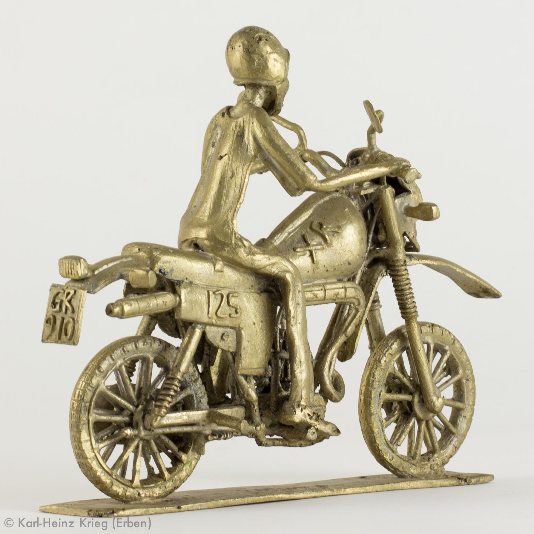 Skulptur von Yaw Amankwaa verkauft