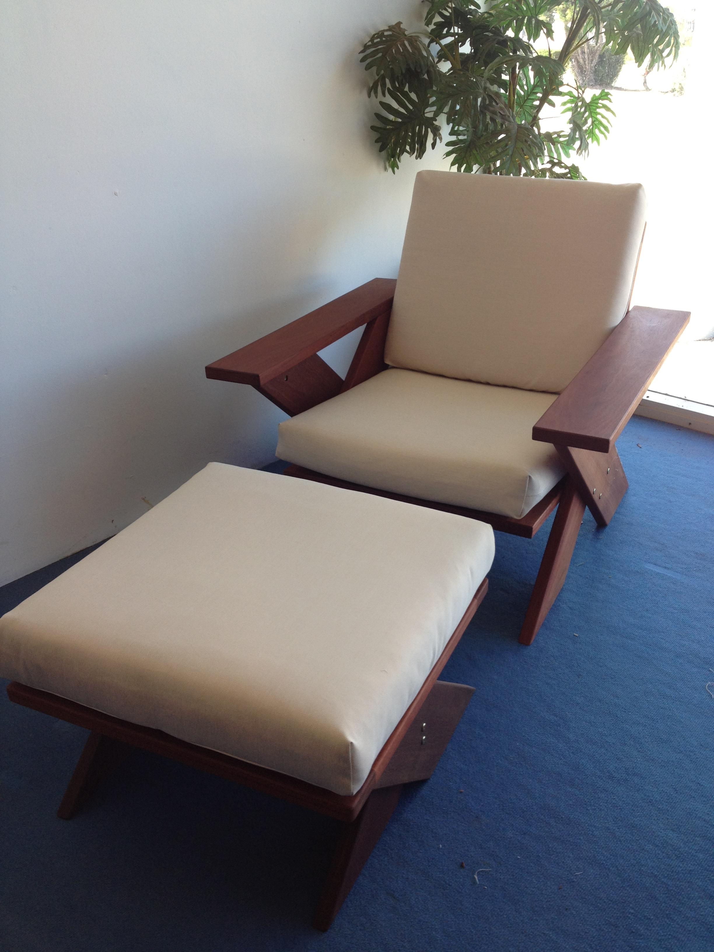 q1b-Frans wide board chair 2.JPG