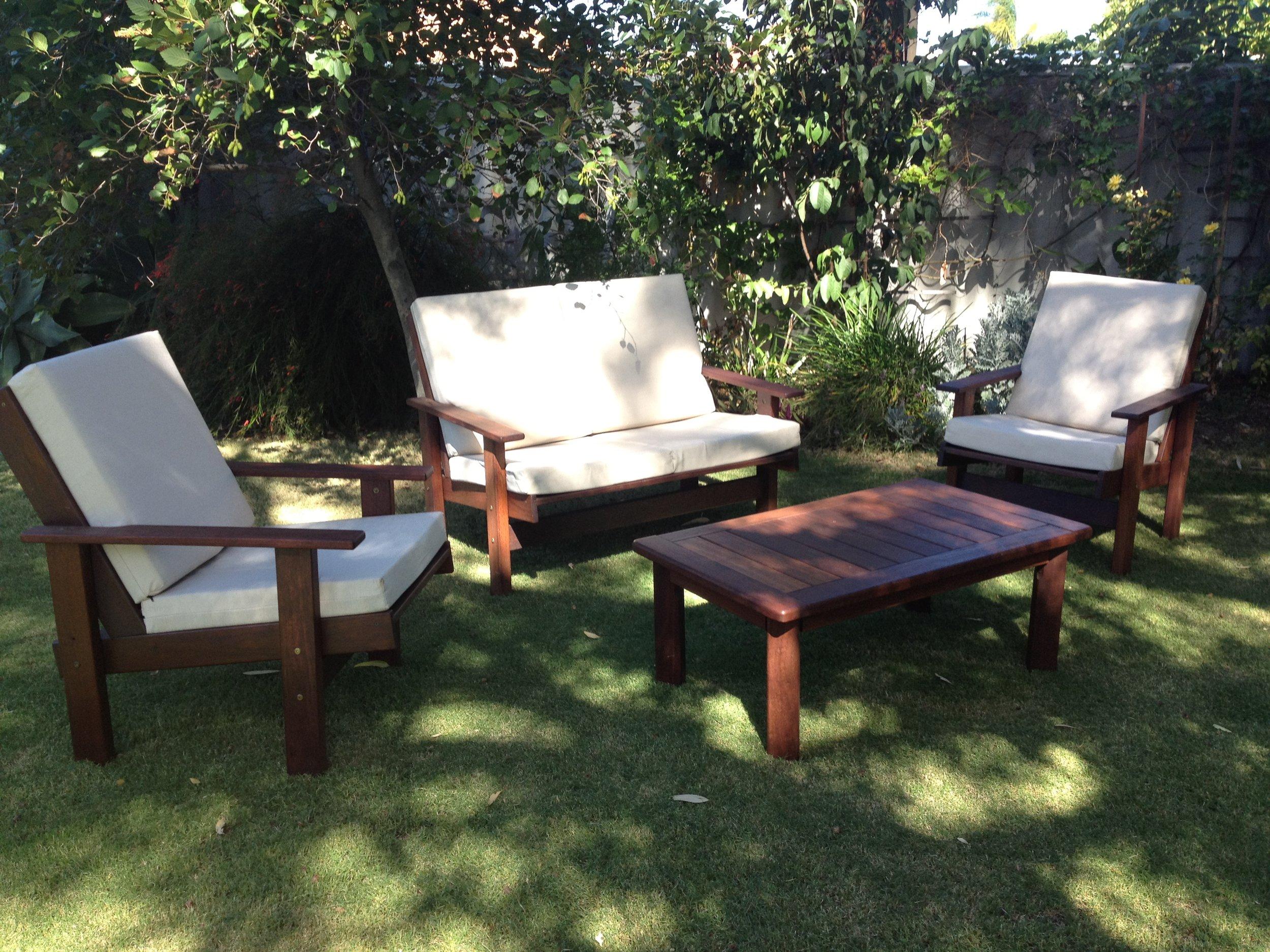 q7 -Sue cahirs [Morris style] outdoor lounge set.JPG