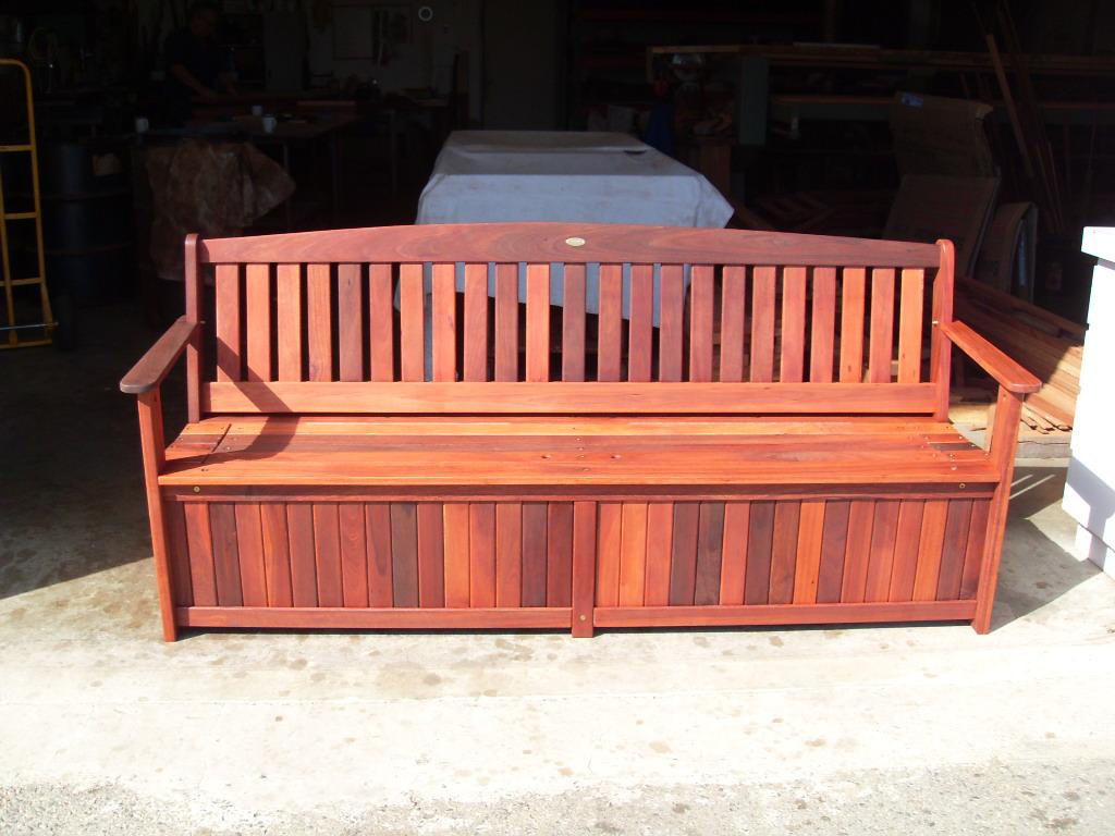 c19 Outdoor storage - 4 seat storage bench 2.JPG