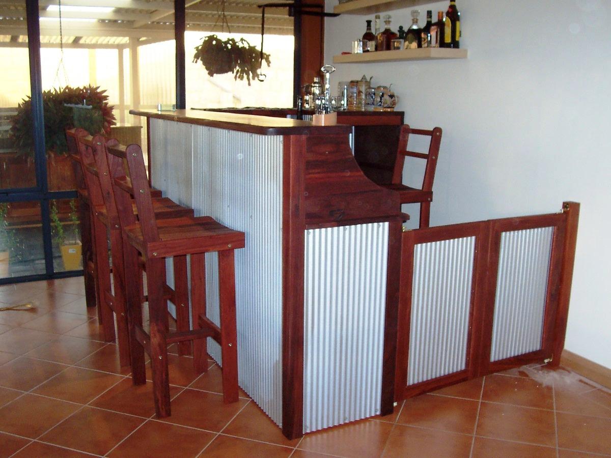 b7 Indoor Bar - quintesntial aussie with mini orb.JPG