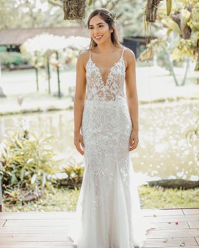 ¡Una novia real, una novia feliz, una novia perfecta! #GinaMurillaBridalCouture #BridalCouture #NoviasReales #RealBrides