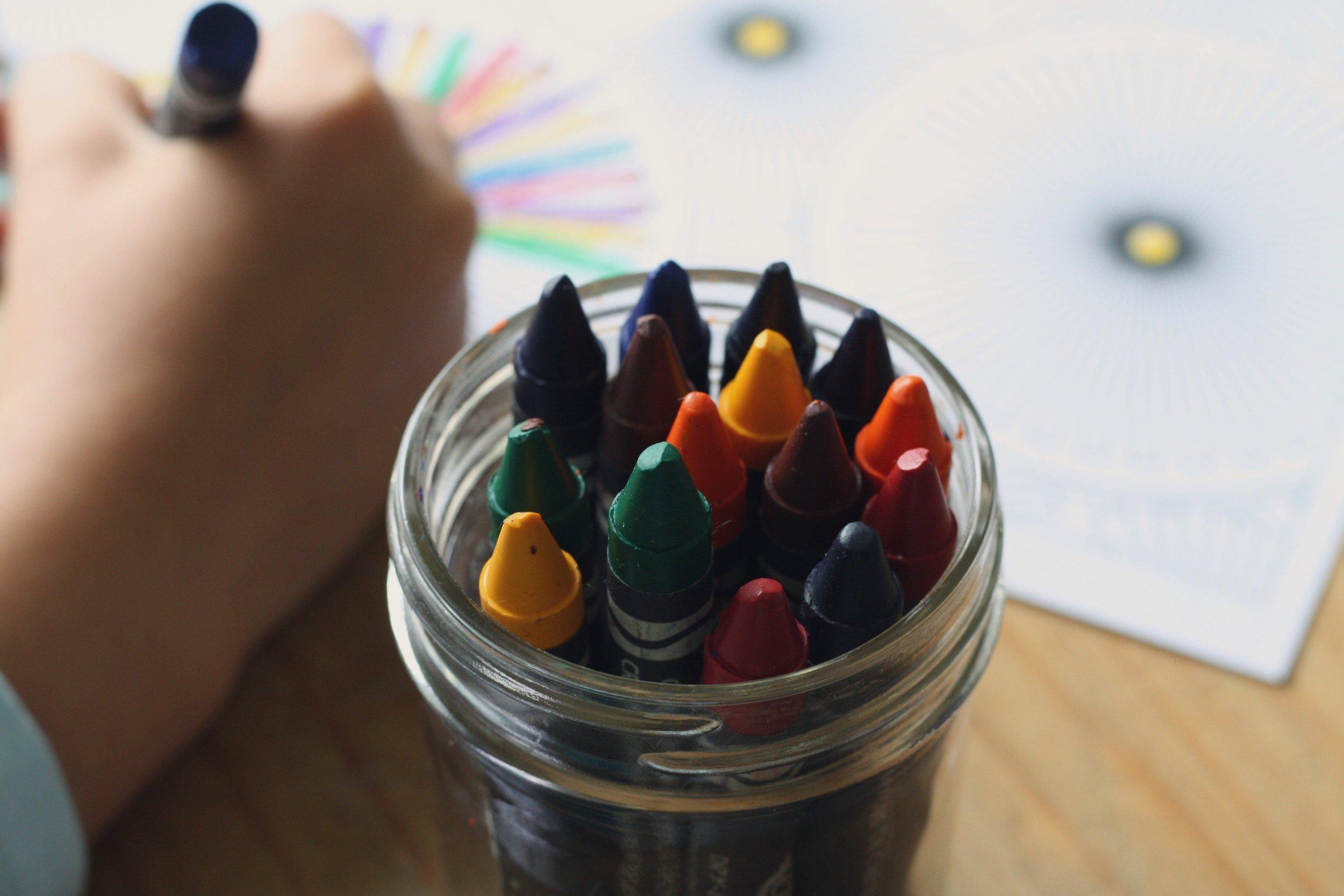 art-child-colorful-159570.jpg