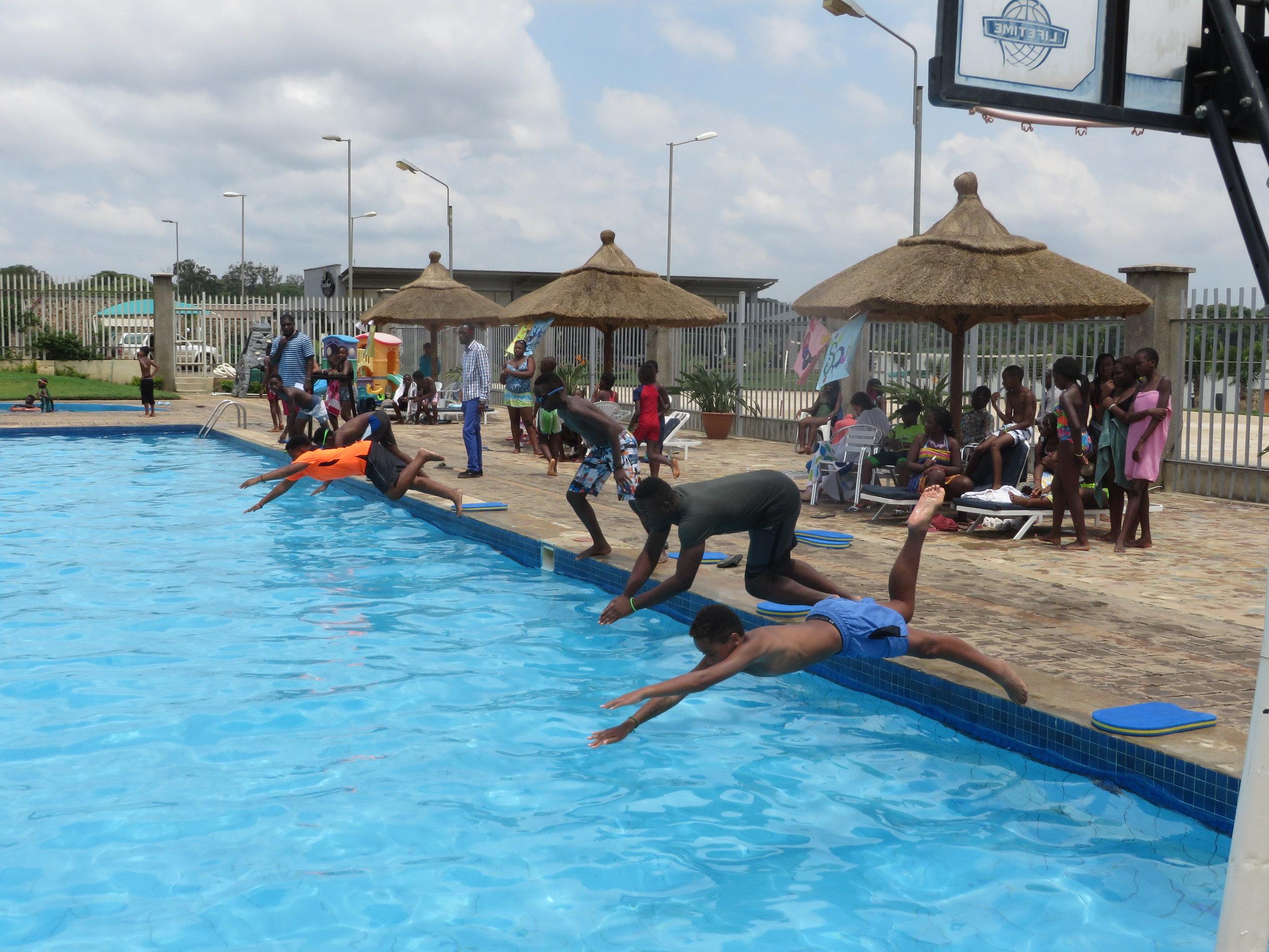 golf campus swimming carnival