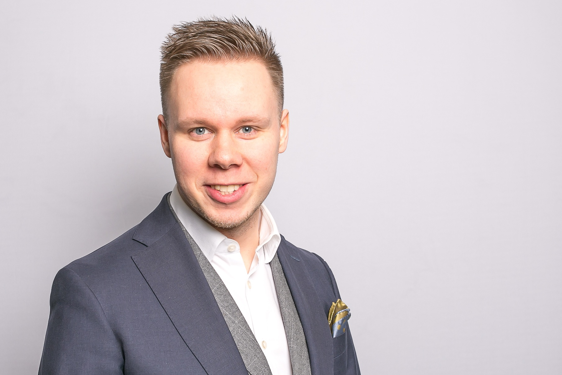 Markus Tyrni  Head of Sales  045 357 2007   markus.tyrni@springvest.fi   Koko Suomi