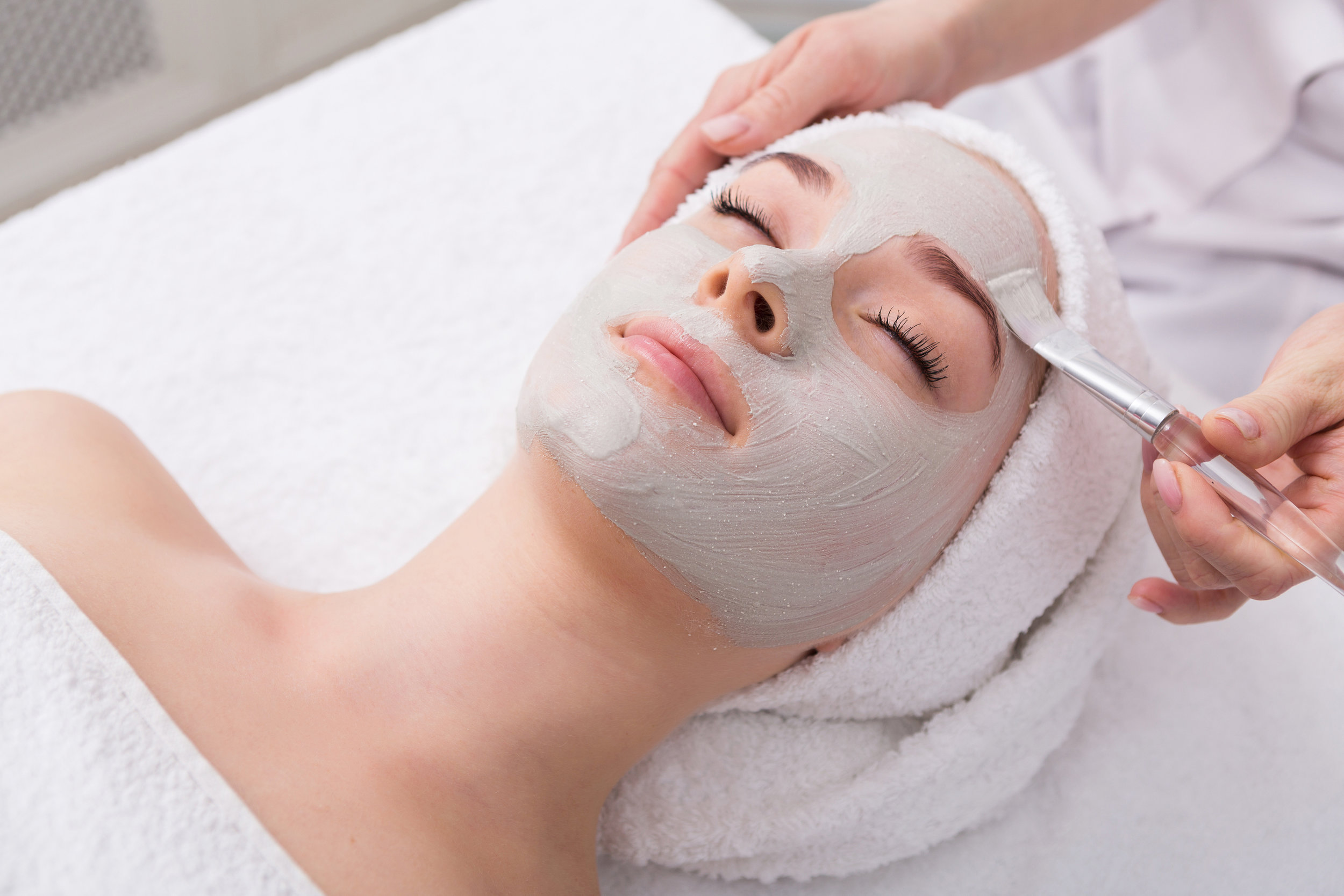 La Therapie Custom Facial