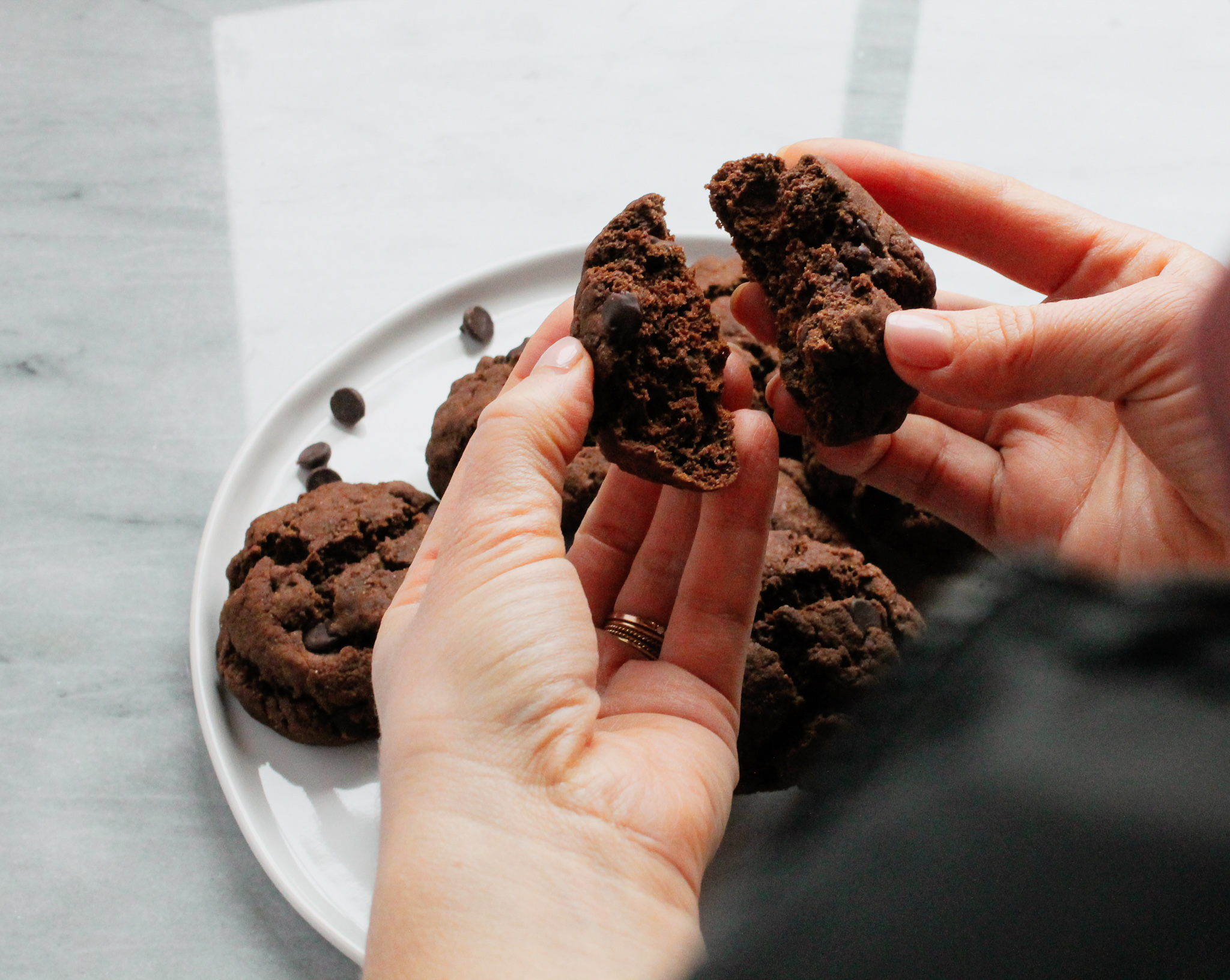 plated healthy double chocolate chip cookies.jpg