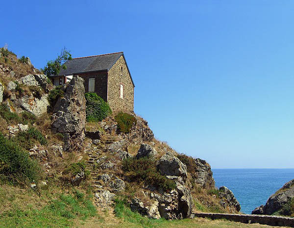 House-Rock.jpg