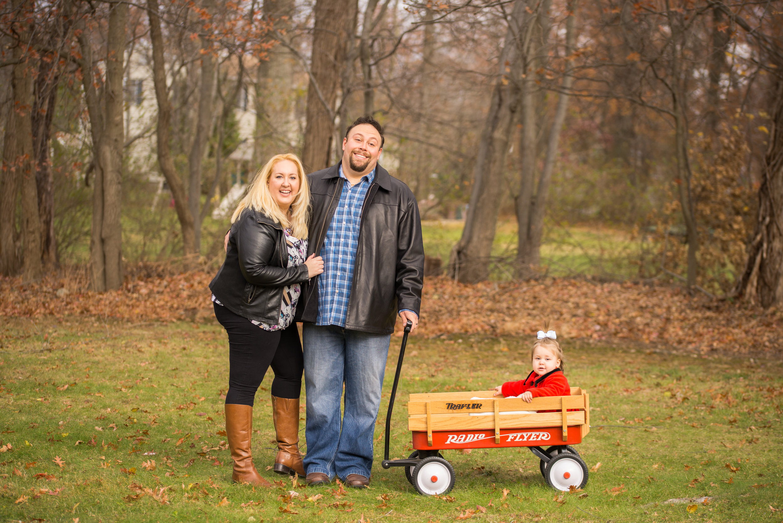 Radio flyer wagon family photo bergen county NJ fall christmas