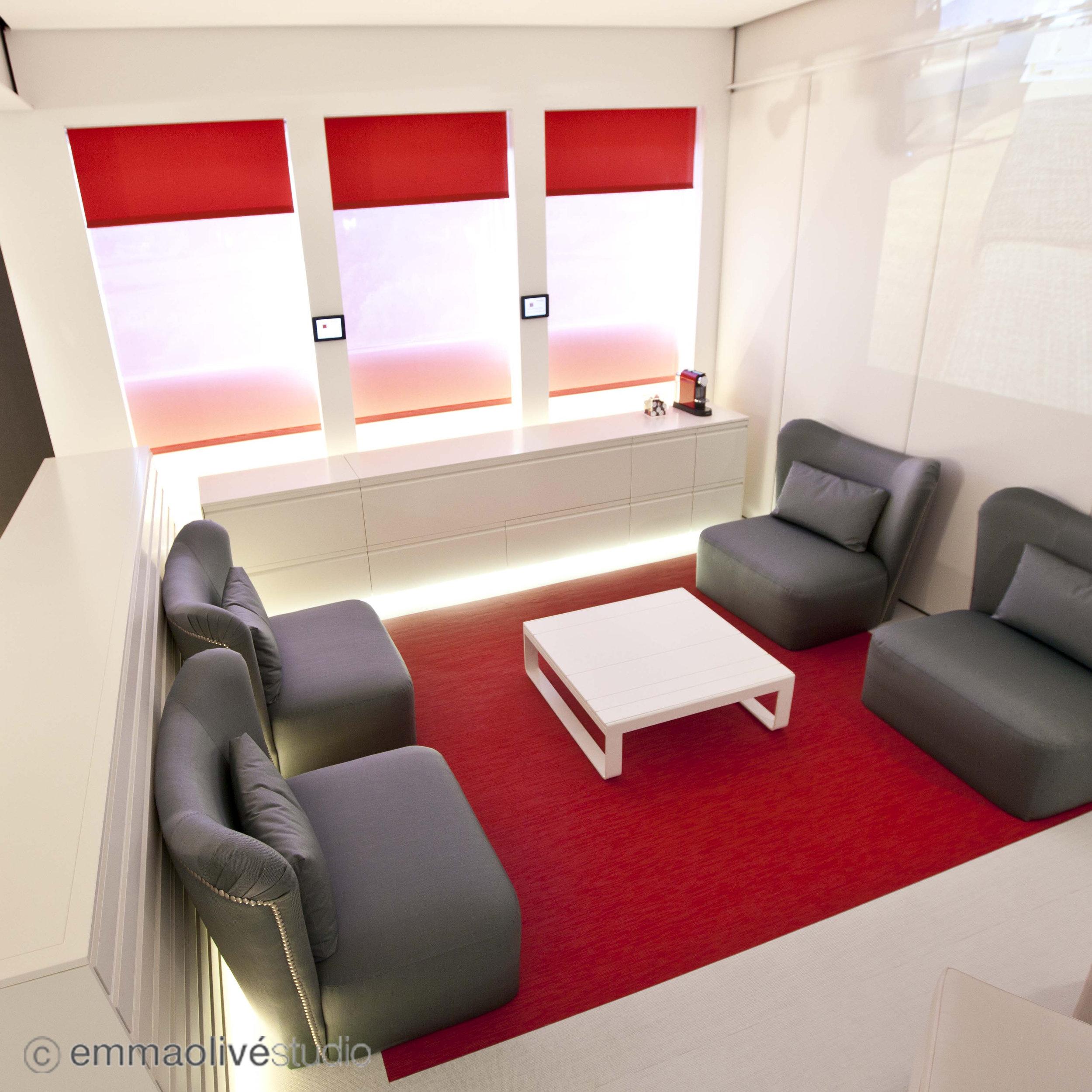 showroom_08.jpg