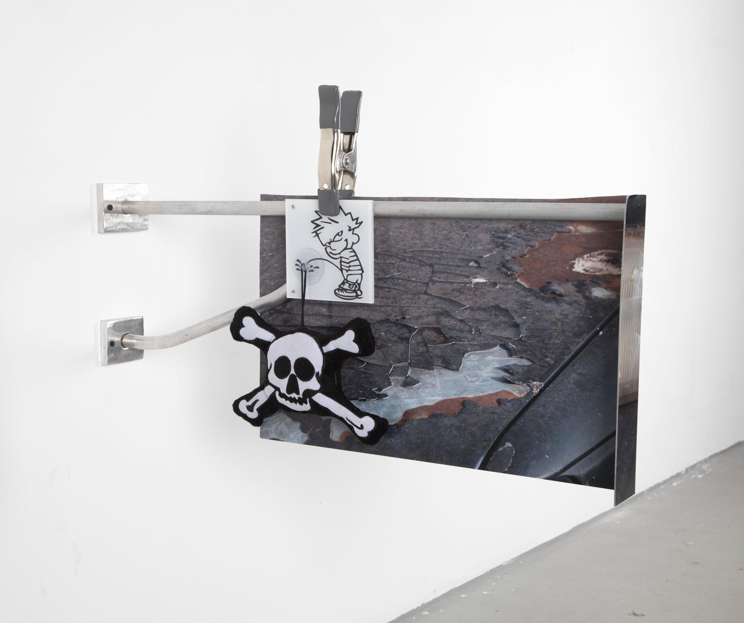 Calvin Cracked, 2018  aluminum,UV print on plexi, plushy, vinyl, clamp, rivets, hardware