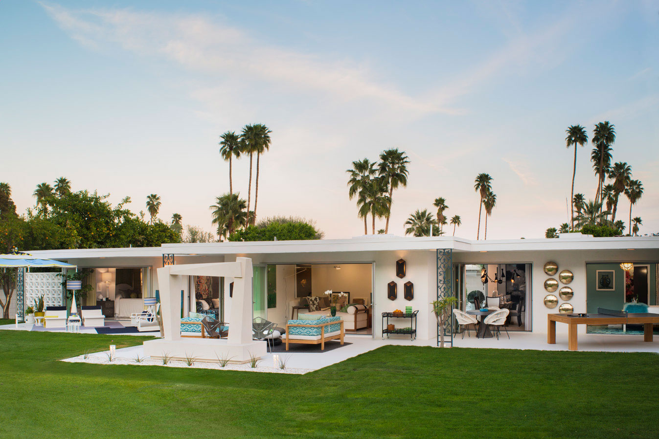 The Christopher Kennedy Compound Show House 2015 –  Visit Site