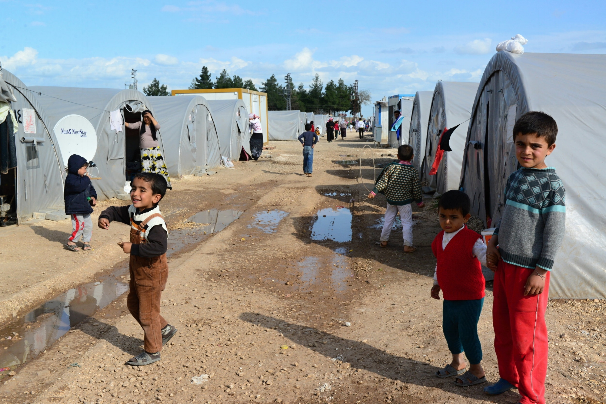 Refugee Camps - Give residents access to daily news and educational resources