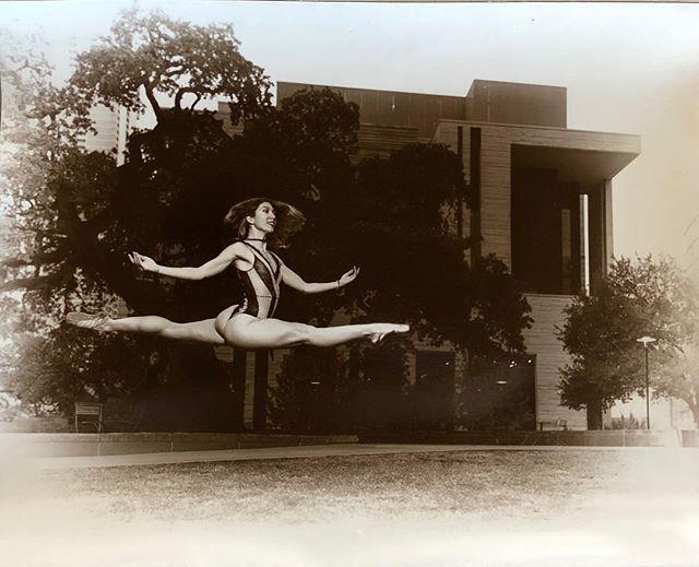 Anna showing off her skills. @poppyseed_dancer #sony #darkroomphotography