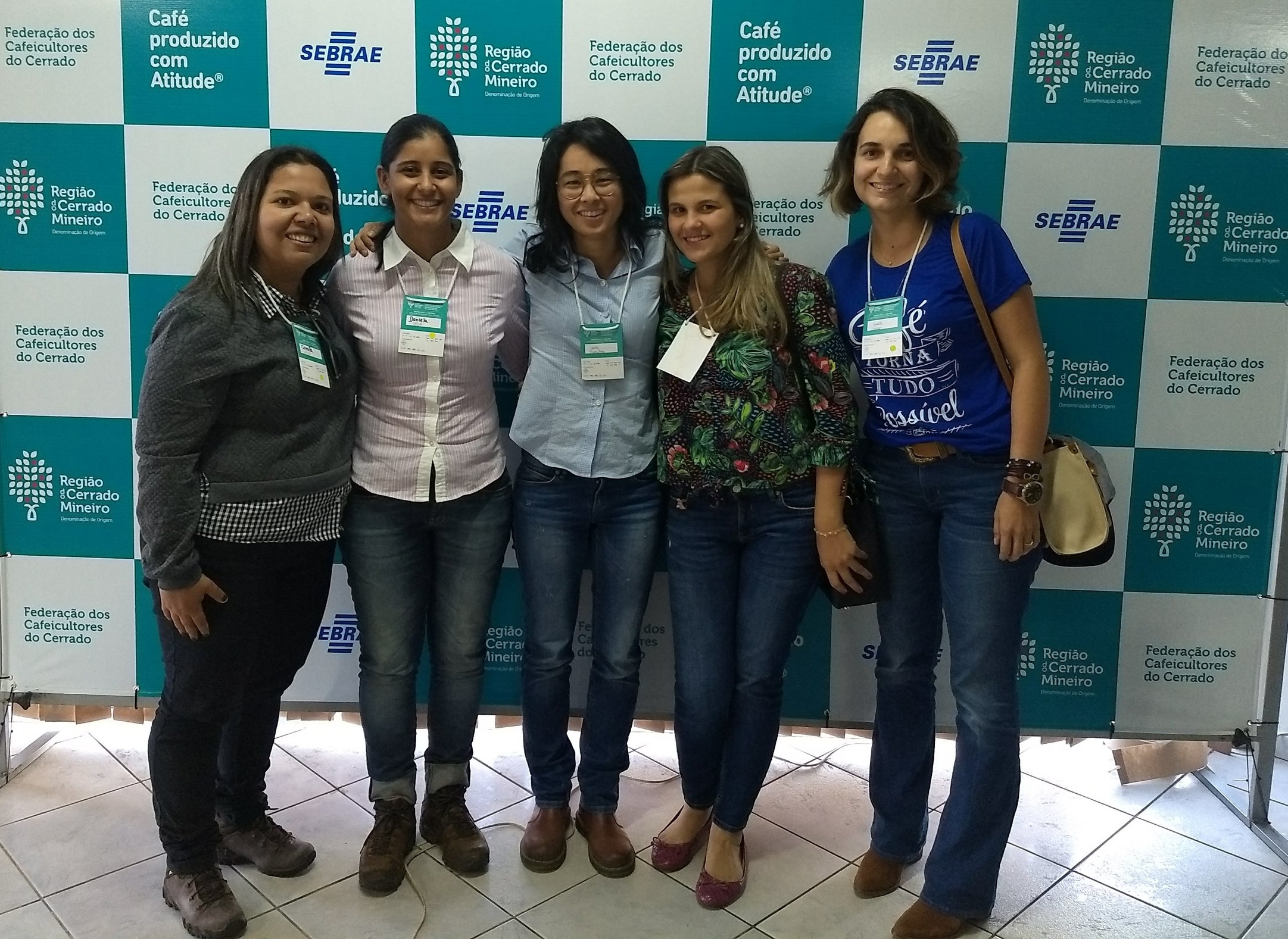 The coffee post-harvest team or powerful Borem coffee girls: Camilinha Dias, Dani Teixeira, Gabi Silva and Giselle Figueiredo