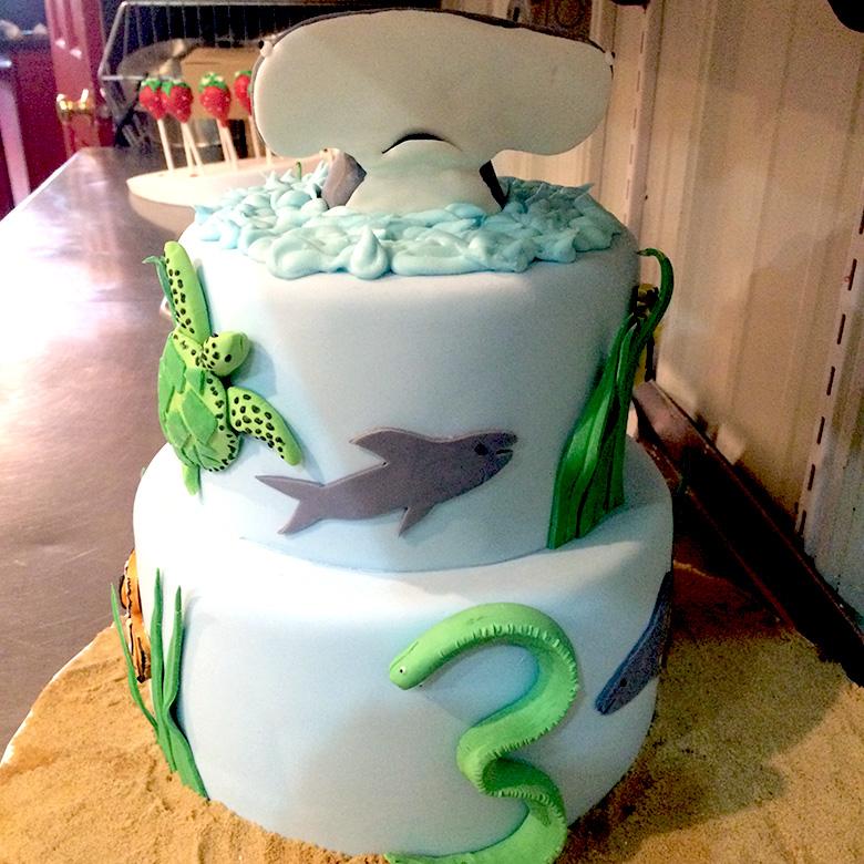 custom-cake-09.jpg