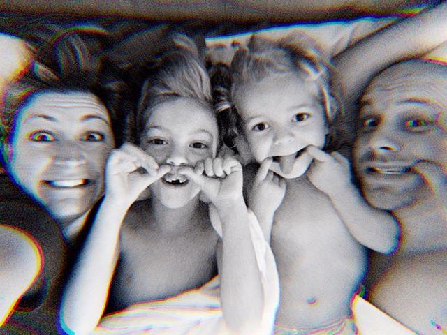 My #sundaysnuggles crew. #thatsimmonsfamily