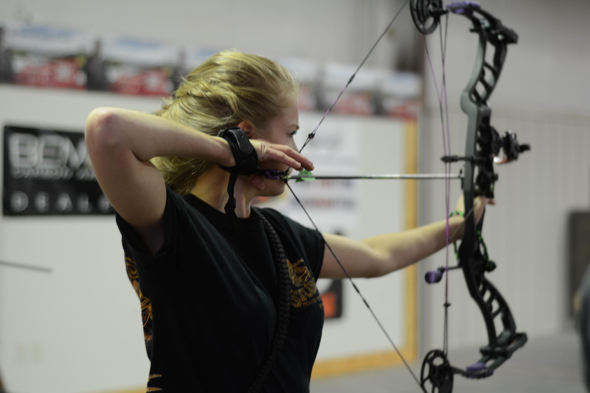 Adult Archery League 004.jpg