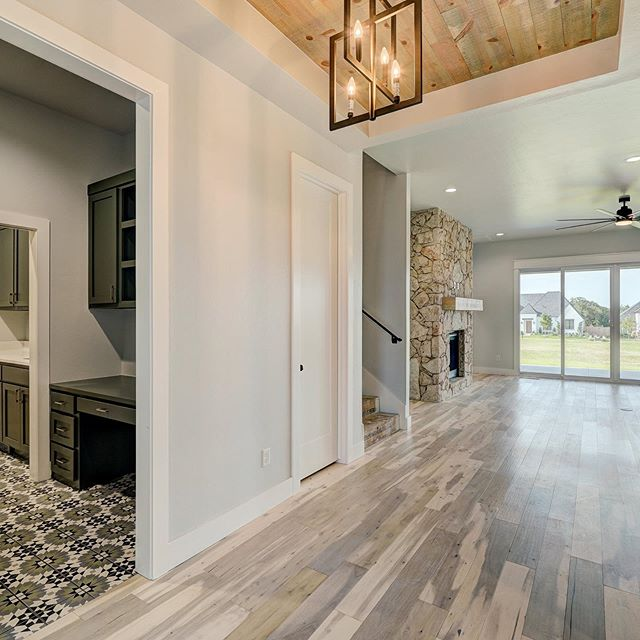Love the flooring in this house!  This tile🙌🏻 and the light wood floors!  1400 Paseo Bridge in Twin Bridges. #bridgewayhomesokc #newhome #homebuilder #newconstruction #edmondhomes