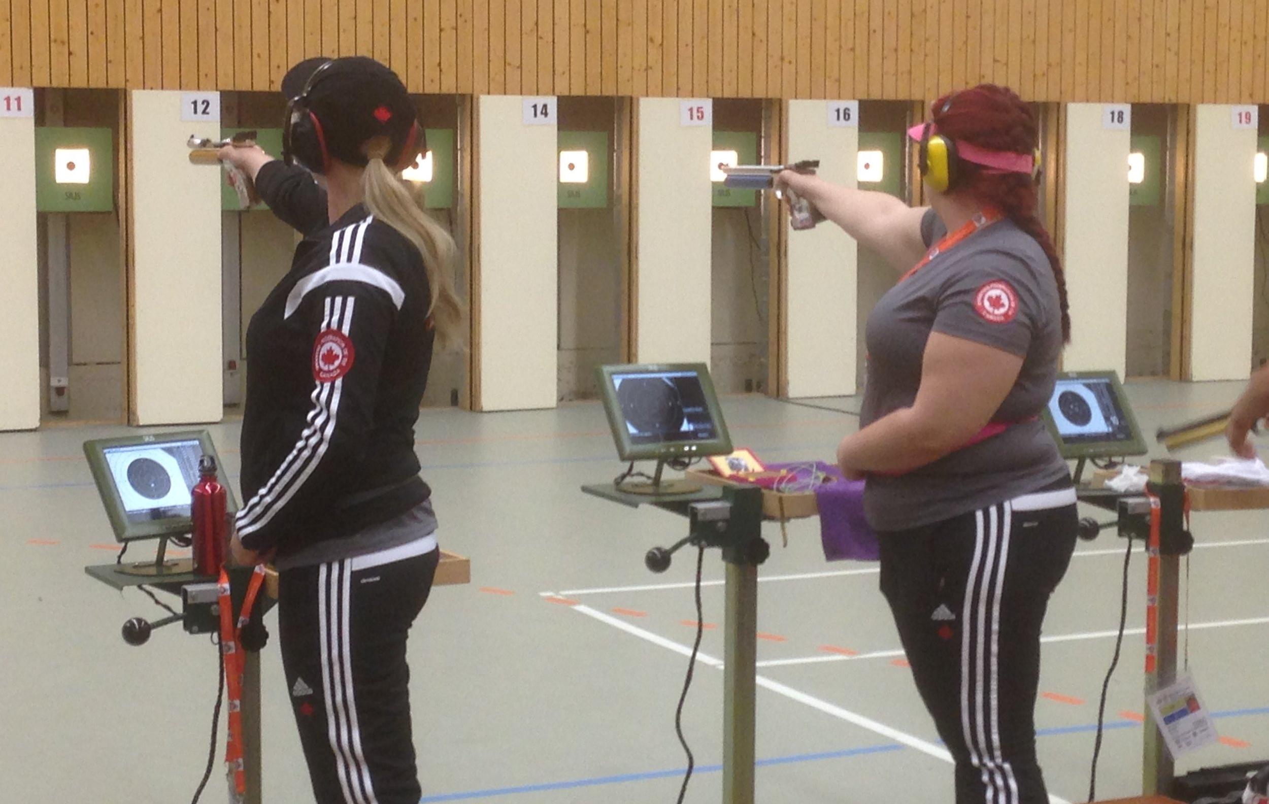 2015 Junior Cup, Suhl, Germany Ashley Pickert (AB), Veronika Schulze (AB - CRPC)