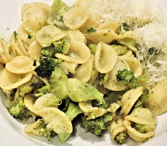 OUR CURRENT RECIPE: - Orecchiette con cime di rapa! Homemade orecchiette pasta sauteed with cime di rapa (AKA broccoli rabe), The signature dish from the southern region of Puglia, the heel of Italy's boot. A simple, yet flavorful pasta that will surprise you!
