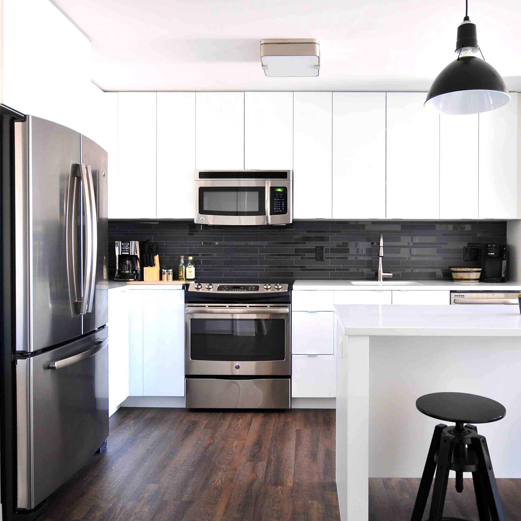 de-cluttered-minimalist-kitchen-pantry-organize-charleston-sc