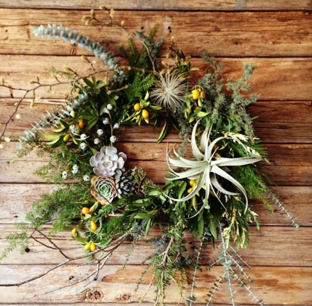 Studio Choo - Create a beautiful half moon shaped wreath using non-traditional materials such as succulents and air plants.$165, on 12/9