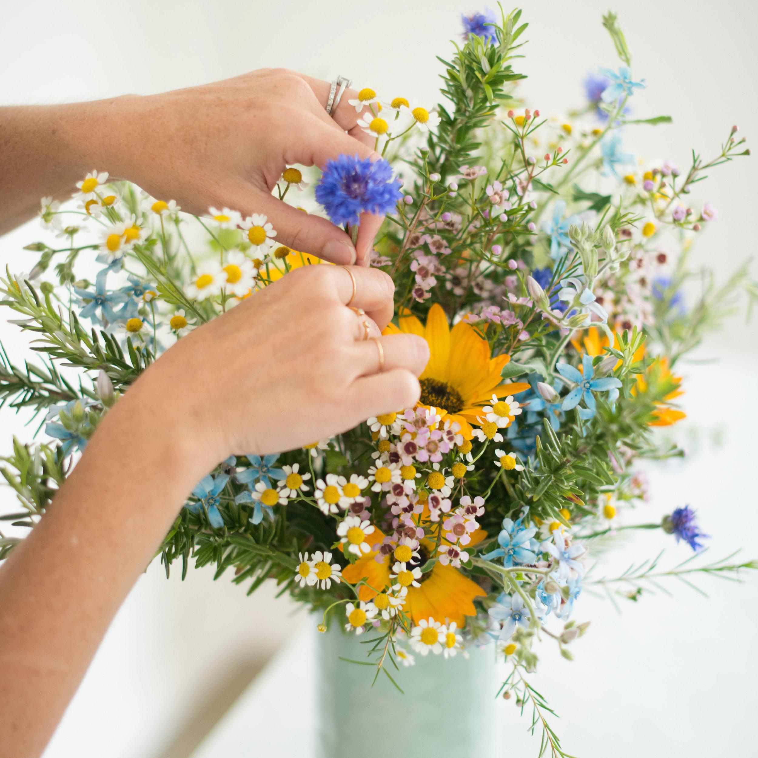 Still Haven't Done Your Shopping? Gift a Subscription | Image via Matilda's Magnolias | Design Confetti