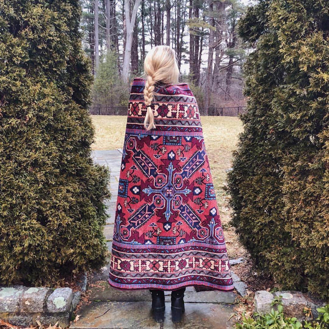 How to Shop Vintage Rugs on Instagram