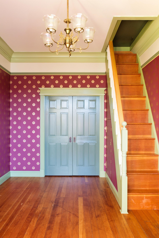 frontroom4.jpg