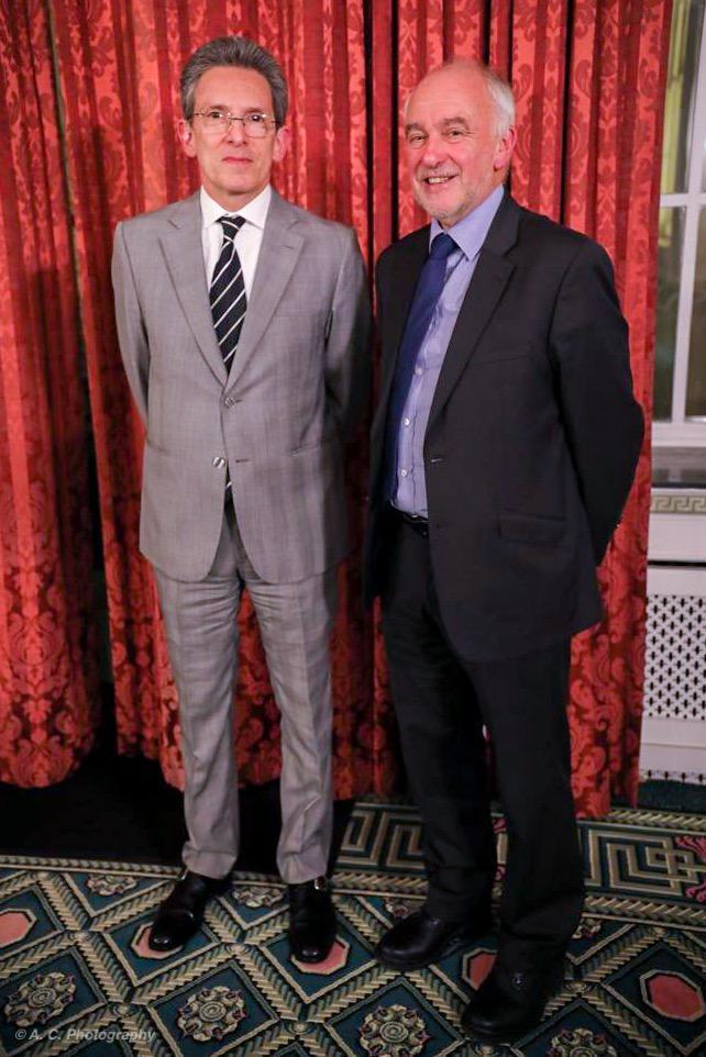 Dr Miller y Emb.JPG