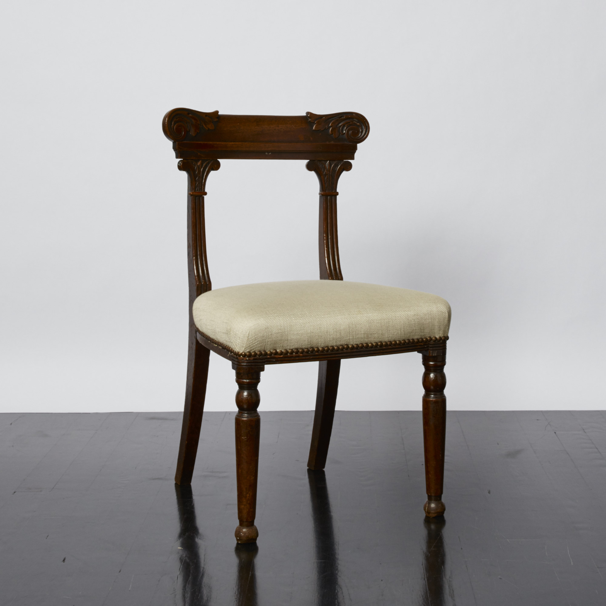 antony_todd_chair_24.jpg