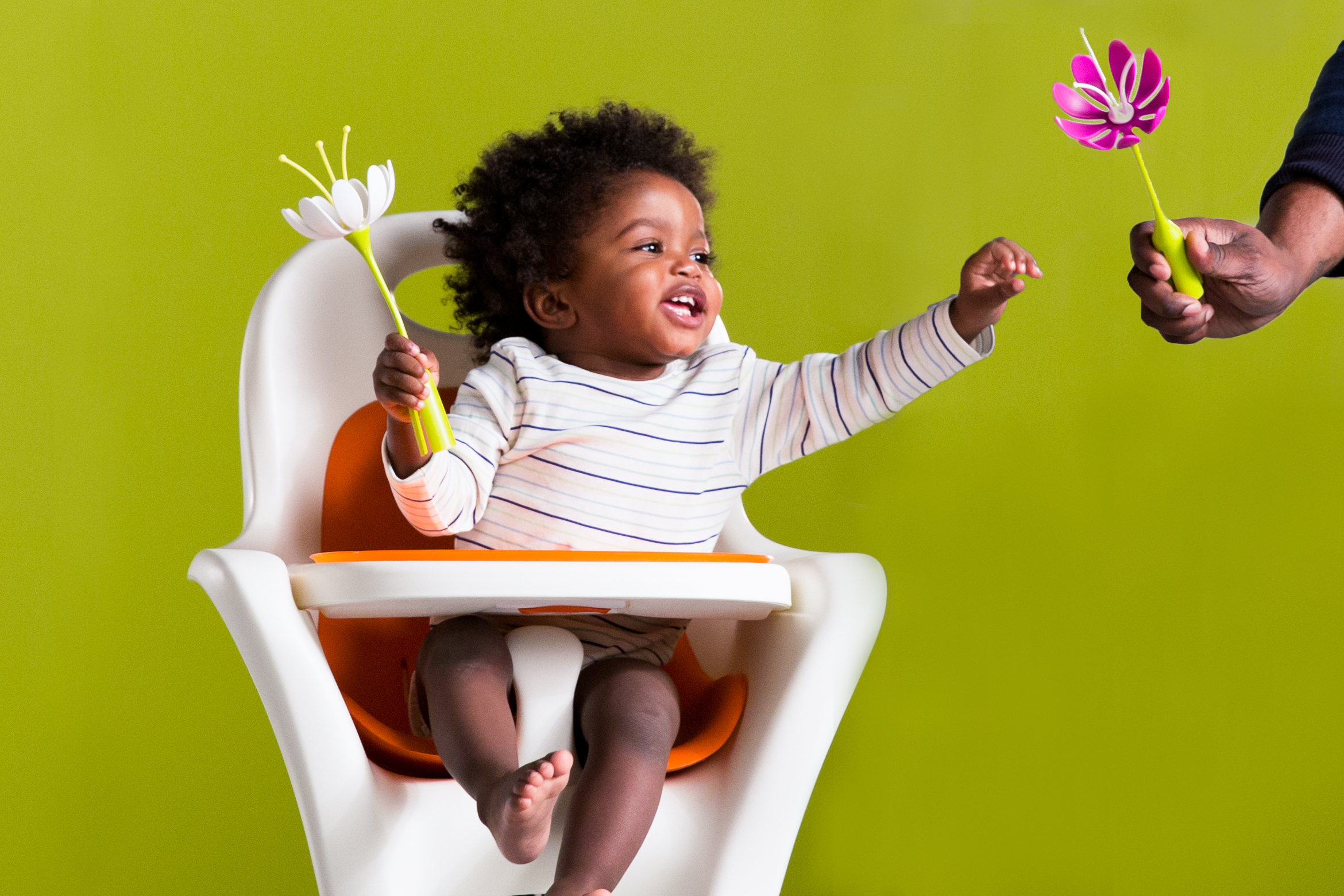 Hello! We're Stork, - a video production company specialized in all things children.