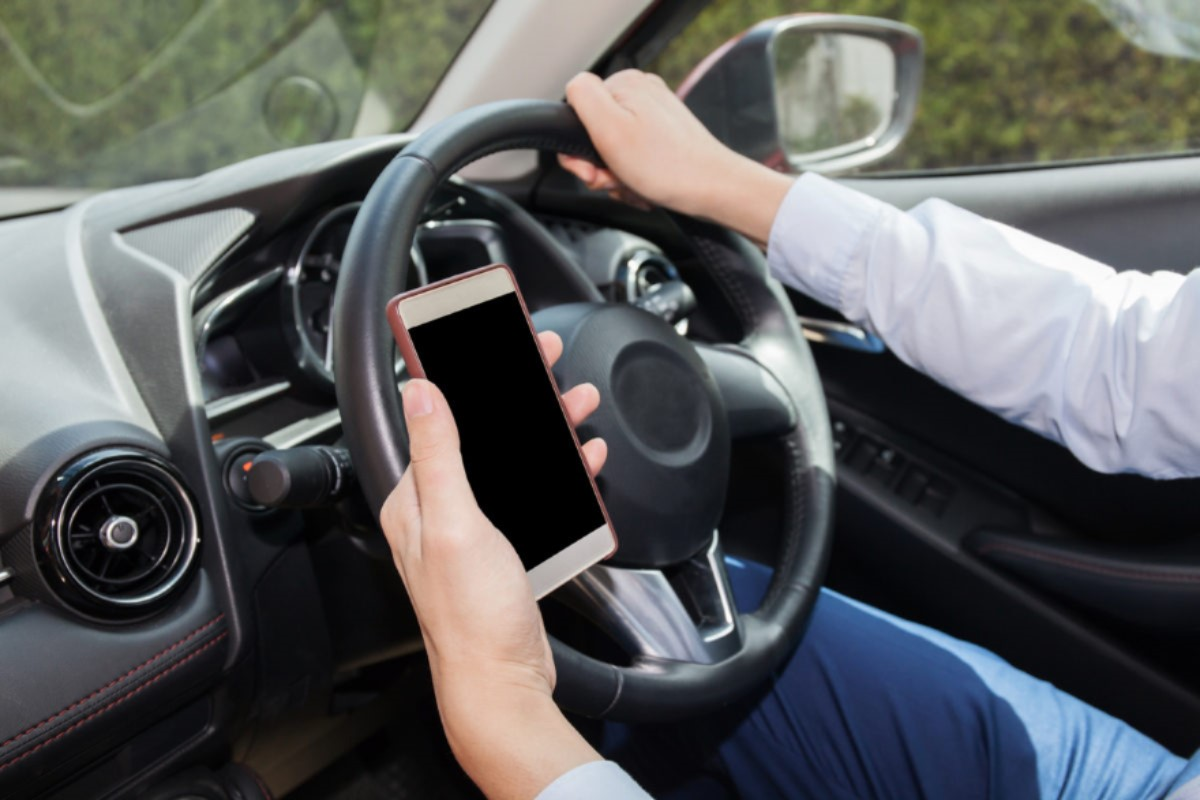 cell phone and driving.jpg