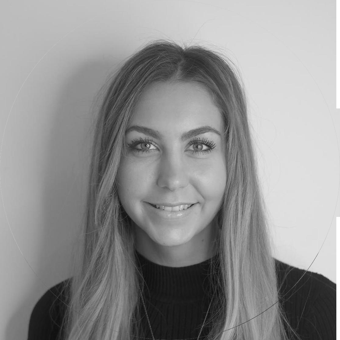 Nadia Lindstrøm – Junior Stylist