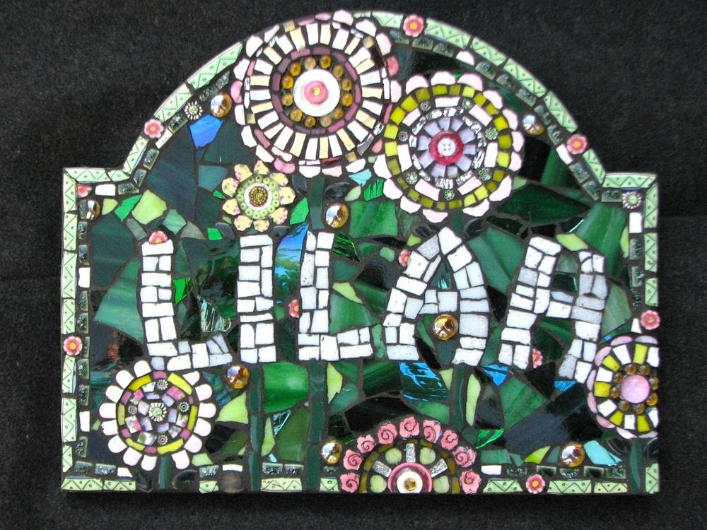 """Lilah"" – Custom name plaque"
