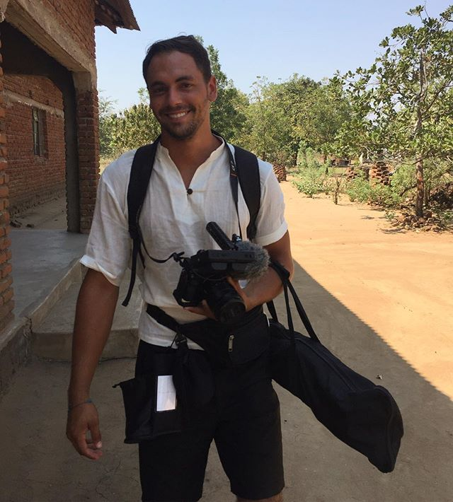 @williammartinphoto is the co-director on the project. This is a photo from our first day of shooting. • • • • • • #documentary #documentaryfilm #malawi #groundtruthproject #fledglingfund #journalism #women #climatejustice #womensrights #climatechange #drought #daughtersofdrought