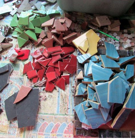 Mosaic Workshop - 23rd August 1-3pmMosaic workshop happening at Bevendean Community Garden this Wednesday from 1-3pm all welcome, children younger than 8 will need parent/carer to help them as there will be tools and sharp bits. £2.50 suggested donation.